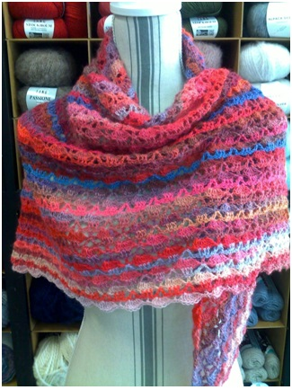 Châle multicolore : 100% laine | Mercerie Fil A point à Sens 89